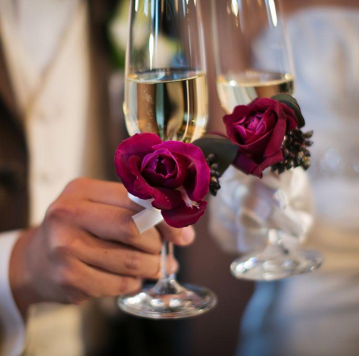 #novarese#vressetrose#amandanraise#wedding#red#tablecoordinate#glassgorsage#bordaux #natural #flower #bridal #ノバレーゼ#ブレスエットロゼ #アマンダンライズ#ウエディング# 赤 #ボルドー#レッド #シンプル # ゲストテーブル #テーブルコーディネート # ブライダル#結婚式#ブレスエットロゼ浜松#グラスコサージュ#コサージュ#乾杯グラス