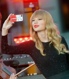 Taylor Swift cell number http://celebritywizard.net/celebrities-detail/taylor-swift-phone-number-for-real/