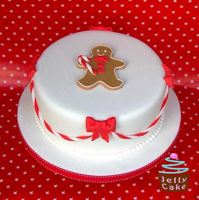 Gingerbread Man Christmas Cake by www.jellycake.co.uk, via Flickr