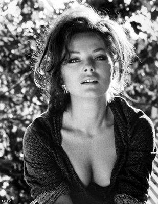 Virna Lisi *** Virna Lisi da giovane era bellissima <3 Ed è un'attrice che amo molto. Sottovalutata, secondo me.