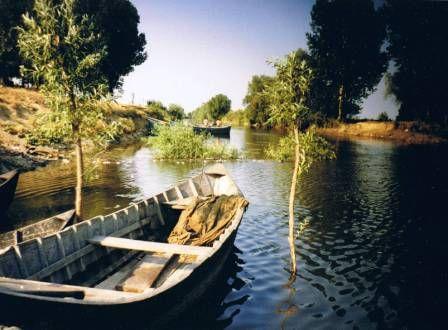 Danube Delta - fishing lotca