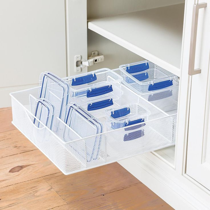A Perfectly Organised Bathroom In One Day: Best 25+ Organize Food Pantry Ideas On Pinterest