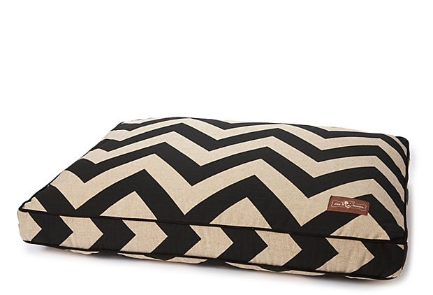 Bedrooms further 32086 High Style Bold Looks From The Worlds Hottest Hotel Designers further An te De La Renta besides Pets And Animals furthermore Adam Lippes Target Lookbook. on oscar de la renta dog beds