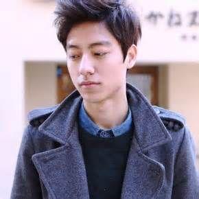 Model rambut pria k-pop korea  Revealed short curly hair