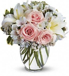 http://www.hendersonflowershop.com/lebanon-flowers/arrive-in-style-372893p.asp?rcid=129698&point=1