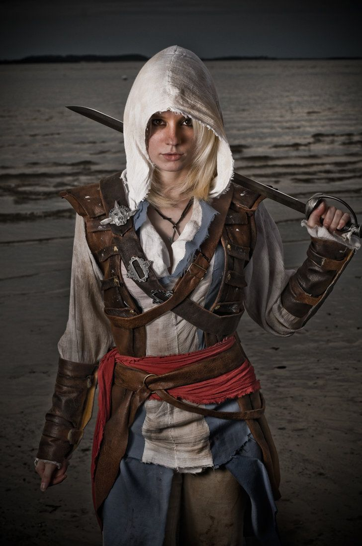 FINAALY A GIRL IS ASSASSIN'S CREED COSPLAY WHO DOESN'T DRESS LIKE A SLUT, THANK YOU, THANK YOU, THANK YOU