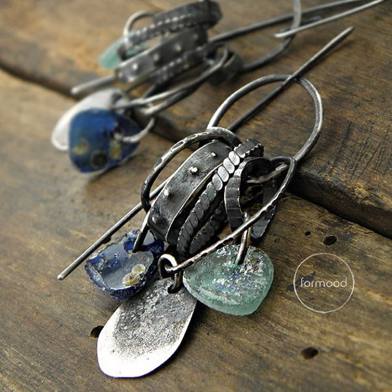 Jewelry | Jewellery | ジュエリー | Bijoux | Gioielli | Joyas | Art | Arte | Création Artistique | Artisan | Precious Metals | Jewels | Settings | Textures | Earrings raw sterling silver and ancient glass by studioformood
