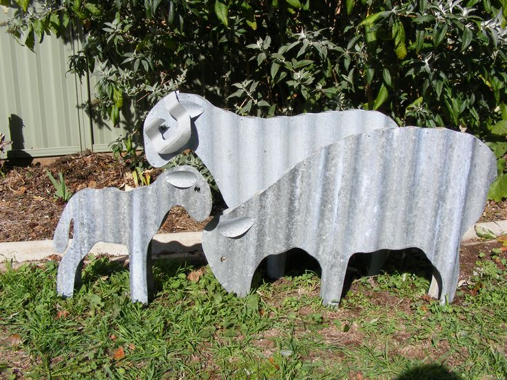 Upcycled Corrugated Iron Sheep Garden Ideas Pinterest