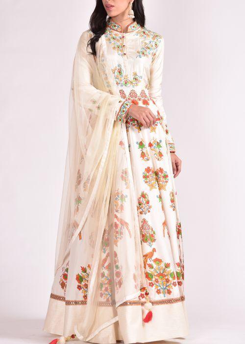 off-white-silk-anarkali-suit-vas08081604