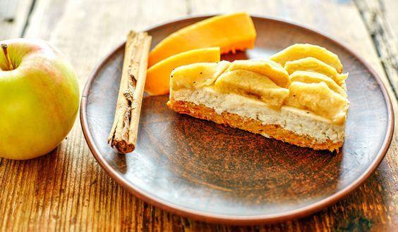 Rezept für einen leichten Low Carb Apfel-Quark-Kuchen - kohlenhydratarm, kalorienarm, ohne Zucker und Getreidemehl