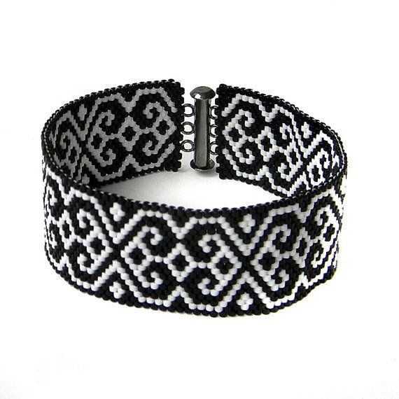 Black and White beaded bracelet  monochrome by Anabel27shop,