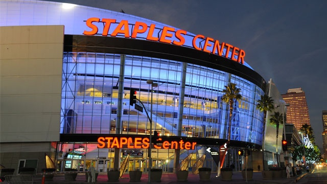 STAPLES Center, the world's most successful arena. Home to the Los Angeles Lakers, Clippers , Sparks and Kings this venure offers a wide variety of entertainment.