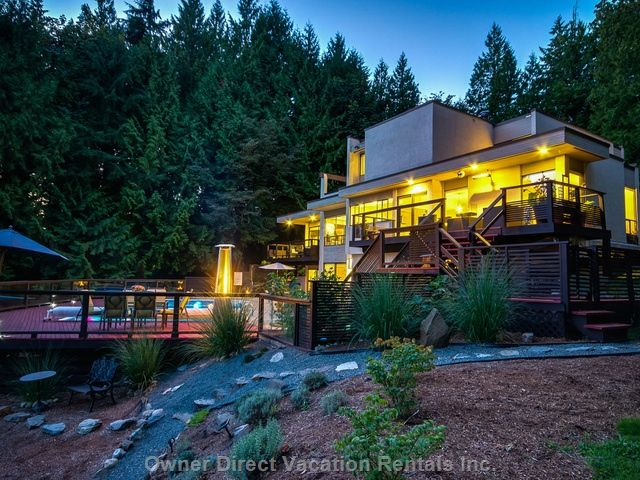 Executive luxury home located on the southern slope of historic Whonnock, a 10-minute drive from downtown Maple Ridge, B.C., and one hour drive to Vancouver. Perched 188 meters above sea level with a sloping view of the Fraser River.