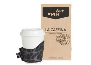 LA CAFEINA - LEOPARDO BLACK Coffee lovers everywhere will love Art Hide's new Cafeína cowhide coffee cup holders. Designed for take away coffee, the Cafeína not only looks super stylish, but also keeps coffee warmer for longer and ensures you don't burn your hands! The Cafeína is available in a range of gorgeous Art Hide signature leathers and comes packaged in a rustic coffee bean style paper bag