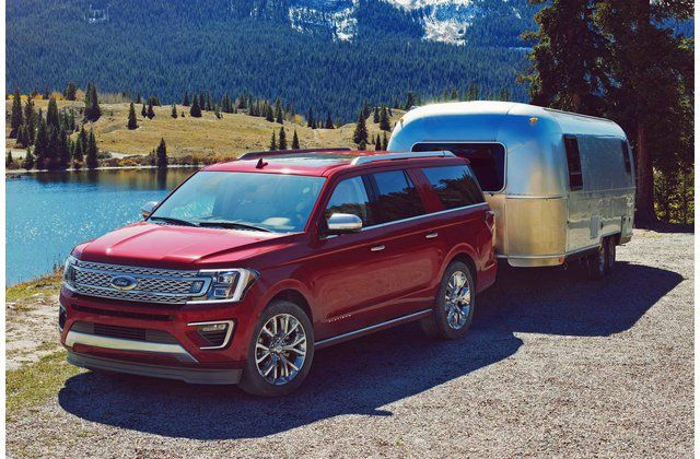 21 Suvs With The Best Towing Capacity Ford Expedition Large Suv