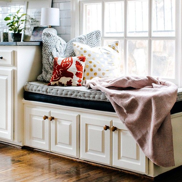 """mrandmrs2015: """" Cozy little kitchen corner all dressed up for Christmas! by caryray """""""