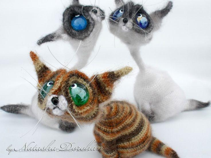 Amigurumis Gato Siames : Gato siamés de amigurumi ganchillo hecho a mano relleno de