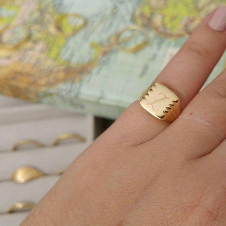 Monogram signet ring, Gold Signet Ring, pinky signet, unisex signet ring, personalized signet ring, Gold pinky ring, gold ring by LilyandDahlia on Etsy https://www.etsy.com/listing/259713501/monogram-signet-ring-gold-signet-ring