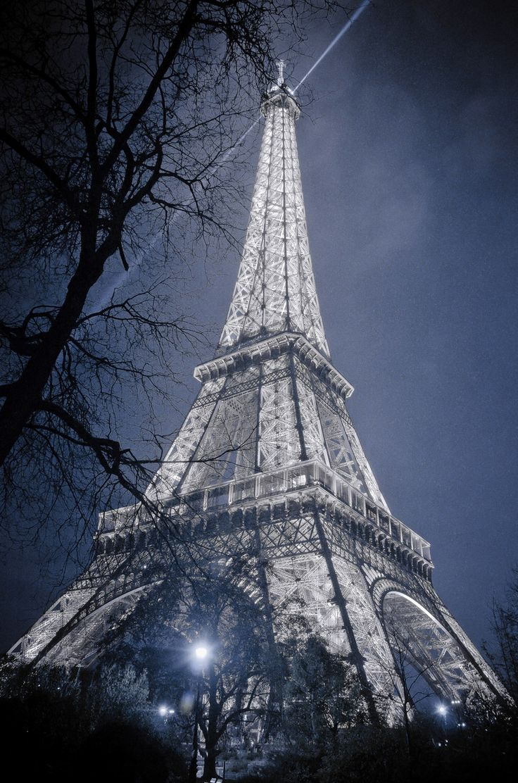 Outdoor cafe in paris with tower in background - 121 Best A Night In Paris Prom Images On Pinterest Paris France Cafes And Places