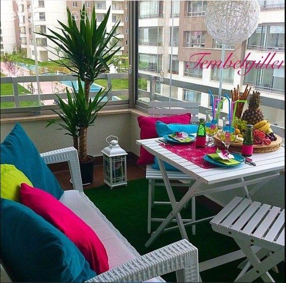 Balkon, Pembe, Mavi, Yeşil