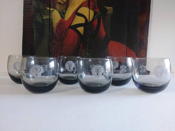Vintage Oakland Raiders NFL Glasses Oakland Raiders Fan Gift Ideas Oakland Raiders Glassware Vintage Oakland Raiders Memorabilia Bar Glasses