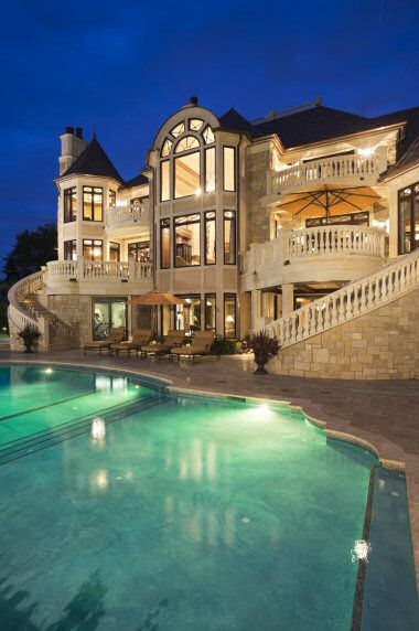 46 best my dream house mansions for Nice big mansions