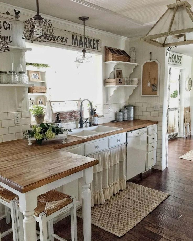 Rustic Kitchen Ideas In 2020 Kitchen Remodel Small Country