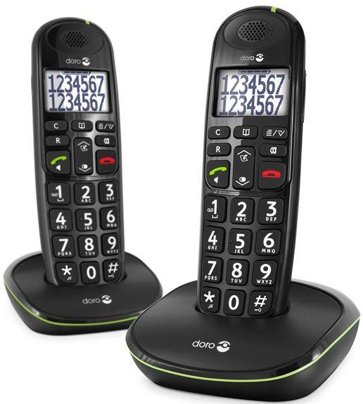 Doro senioren DECT-telefoons met grote sprekende cijfertoetsen PE-110 DUO  Dit is de DUO DECT met 2 telefoons. De Doro PhoneEasy 110 is gemakkelijk in gebruik. Het is een handige seniorentelefoon met grote sprekende cijfertoetsen. De telefoon is zeer gemakkelijk te lezen dankzij het verlichte scherm met ultrahoog contrast dat de volledige namen en nummers weergeeft. Met de grote sprekende cijfertoetsen wordt het gemakkelijker om nummers te kiezen. Tevens is de telefoon voorzien van een…
