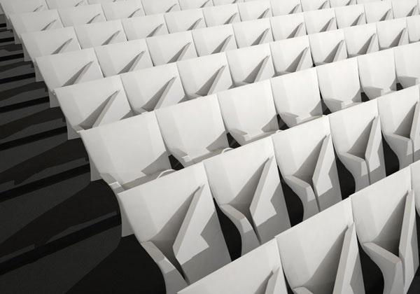 Zaha Hadid presenta il nuovo progetto per Poltrona Frau Contract nello splendido spazio della Fonderia Napoleonica (via Thaon de Revel 21, zona isola). Oltre al tavolo Liquid Glacial e al nuovo divano Zephyr, sarà svelato il progetto Array, una nuova sedia da auditorium dal disegno ergonomico e con un innovativo sistema di chiusura.LEGGI DI PIU