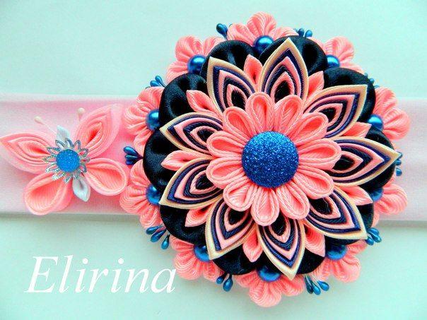 Very pretty flower design, not my fav colors | Irina's wall photos
