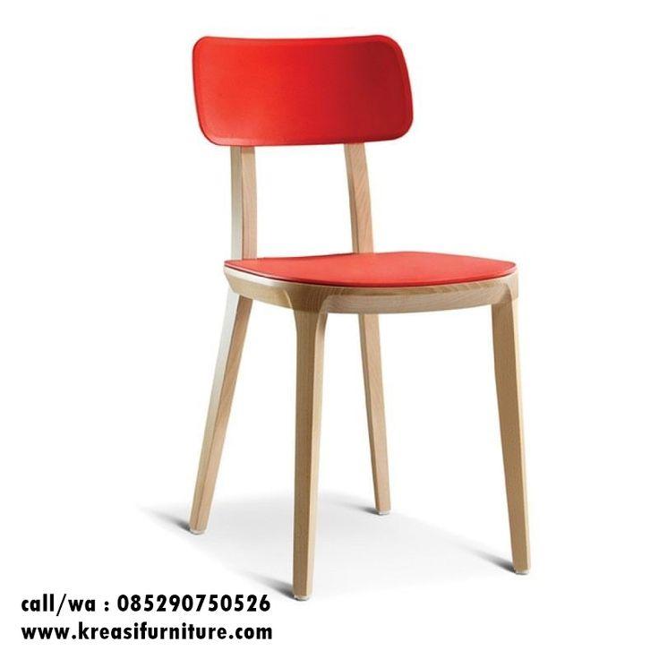 Kursi Cafe Minimalis Sungkai merupakan kursi cafe minimalis simpel dengan bahan full kayu sungkai solid cocok sekali untuk mengisi interior cafe anda.