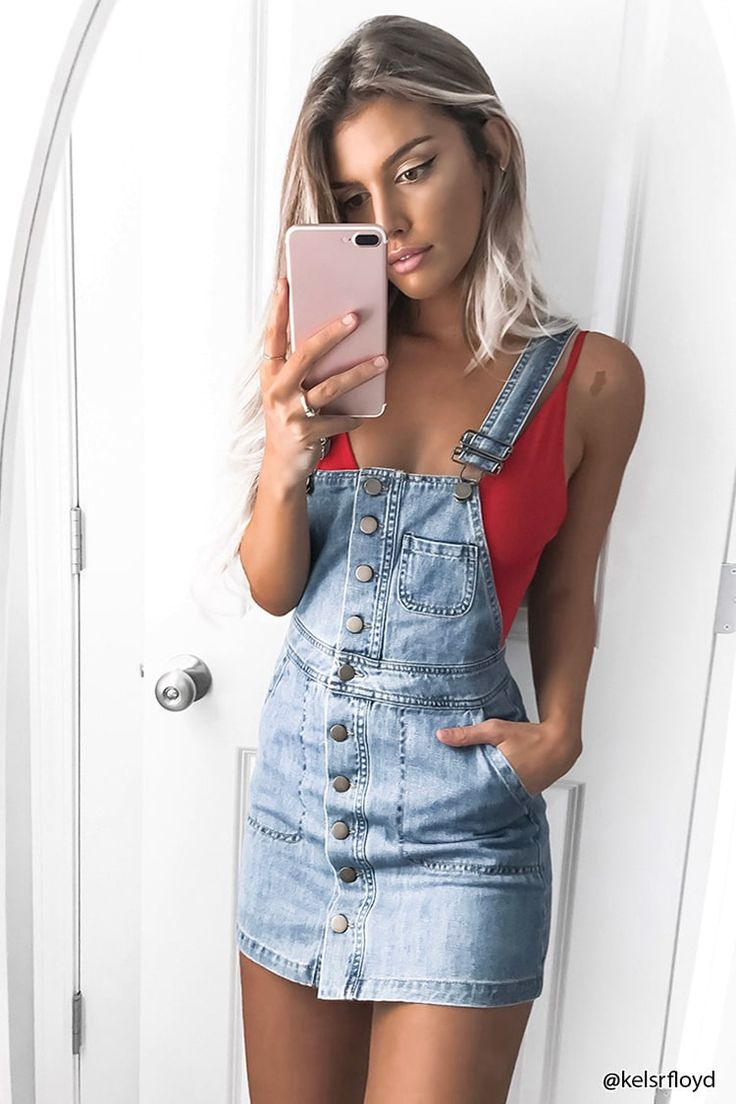 Jardineira jeans look confortável e super estiloso <pinterest:@Lariifreitas>