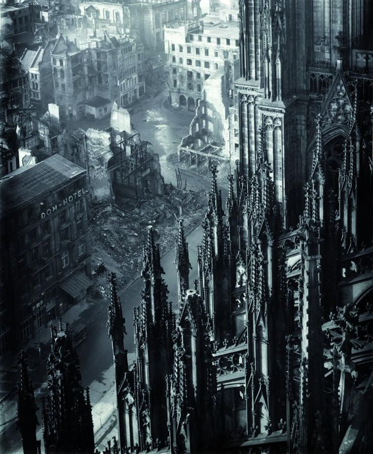 1947 - Cologne Cathedral after the war,  photo by Karl Hugo Schmölz