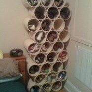 PVC pipes= excellent shoe storage! Since im like on a space saving kick this would be awesome in my room, especially if I spray painted these different colors.