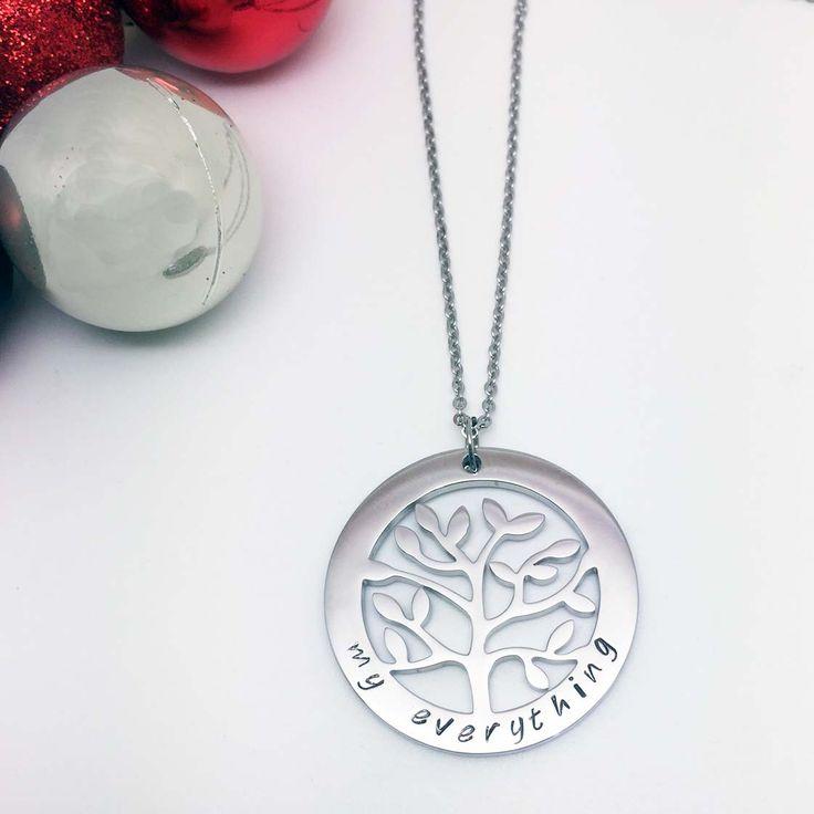 Family Tree Design Necklace - Theta
