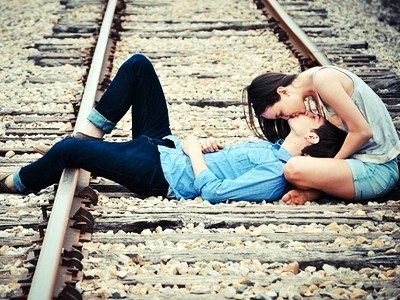 20 Tips on How to Make a Guy Fall in Love with You  …    Spring has sprung, and love is in the air! Whenever the weather starts getting warmer, we all start wishing we had a special someone to …