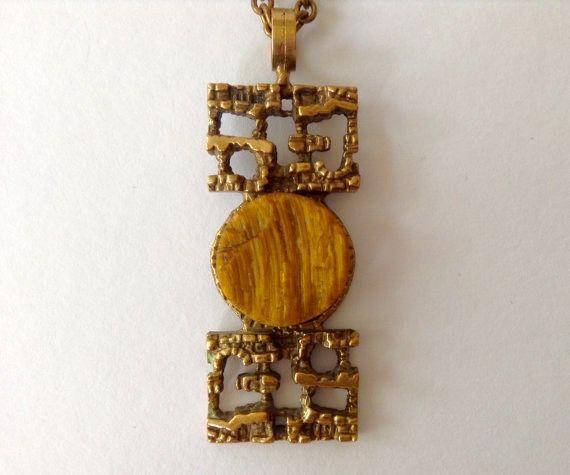 Pentti Sarpaneva for Turun Hopea, vintage modernist bronze necklace with tiger's eye gemstone, 1970s. #Finland   finlandjewelry.com
