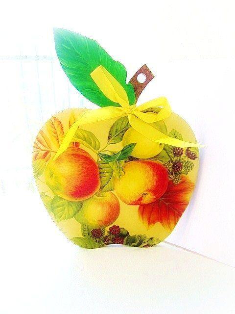 Decorative rustic wooden cutting board apple cutting by GattyGatty