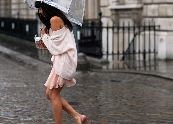 17 Best images about Rainy Days on Pinterest | Coats Rainy day outfits and Hunters