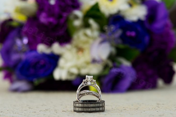 Gorgeous rings and colour pallet in this brides bouquet