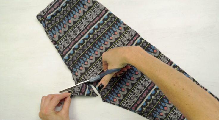 Transformer complètement un leggings en un seul coup de ciseaux!