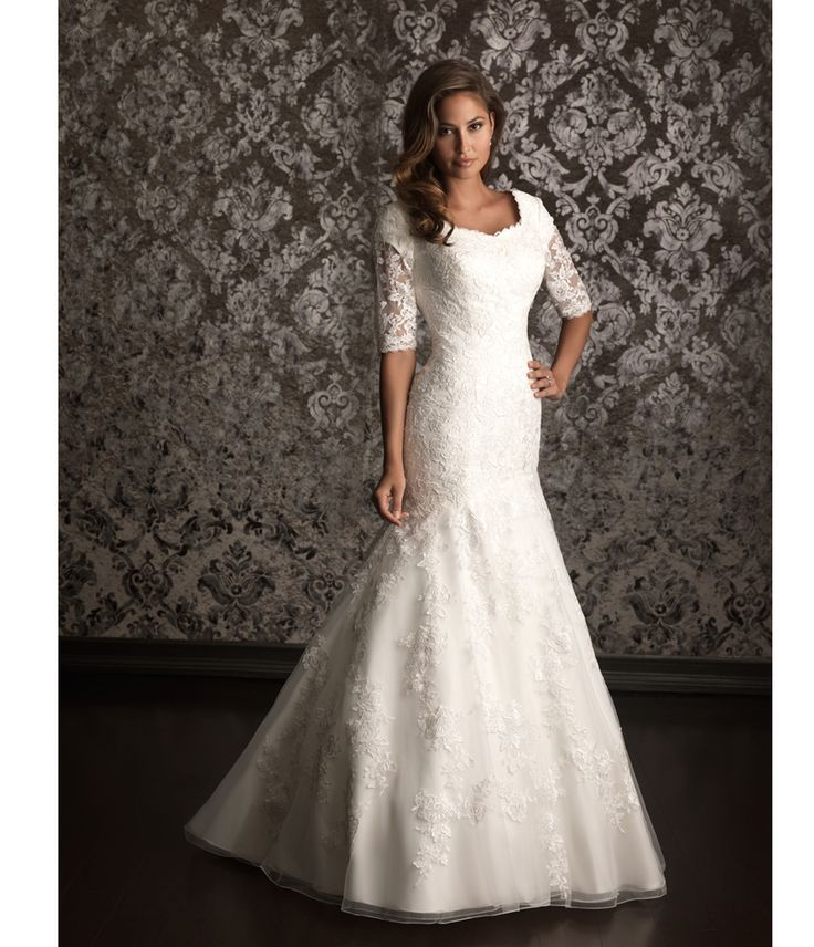 Vintage Three Quarter Length Wedding Dresses: White Lace Applique Three