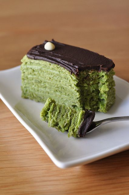 http://www.ardeohealth.com/green-tea-and-weight-loss-a-brief-history-of-green-tea/ Green tea g�noise layer cake v1