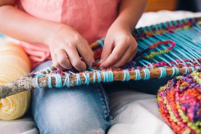 Branch Weaving Tutorial // Minimalist Homeschooling | Salt + Sea | Coastal Bohemian Homeschool Lifestyle Blog