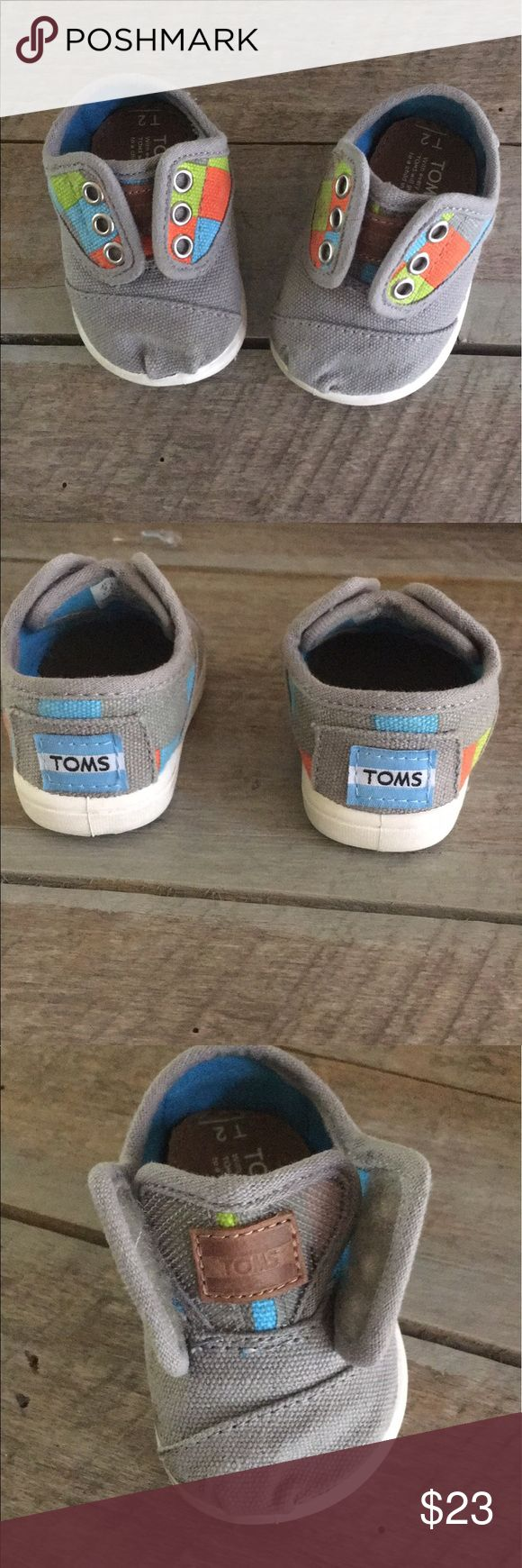 Tiny TOMS T2 unisex Size T2. Boys or Girls. Baby/Infant TOMS Shoes Baby & Walker