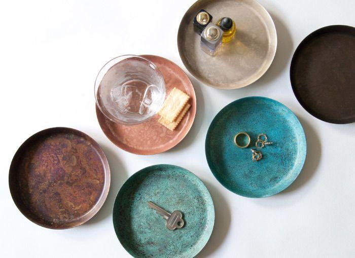 【tone】色とりどりに見えるのは、全て銅のもつサビの色。毎日使っていくうちに経年変化を楽しめる、日常使いの銅のプロダクト。モメンタムファクトリー・Orii のためのプロジェクトです。