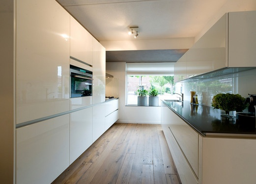 White kitchen (Tieleman Keukens)