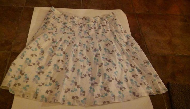 Women's Skirt American Eagle Brand Cute Little Skirt Size 6 #Brand #skirt