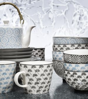 Mug en céramique blanche motif noir Blossom Nordal