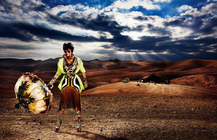"""""""High Plains Drifter""""   Model: Carmen Kass, Photographer: Mario Testino, Vogue UK, May 2012"""